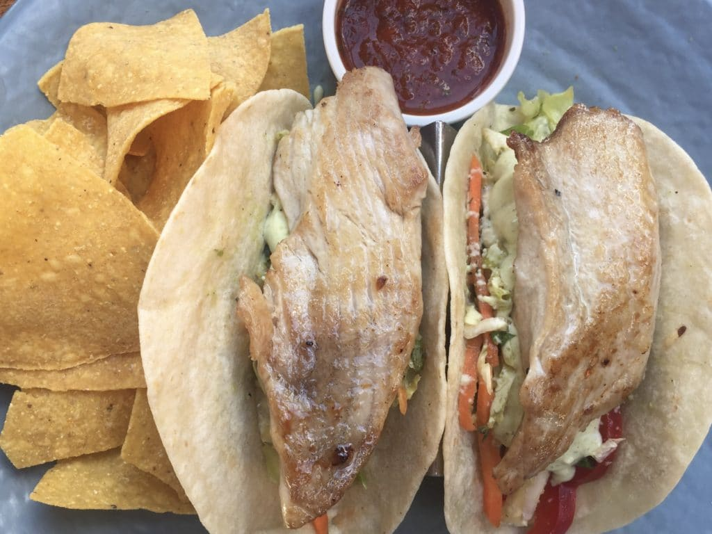 Places to eat fish tacos in Maui Hawaii