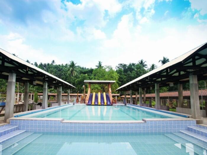 Mainit Hot Springs