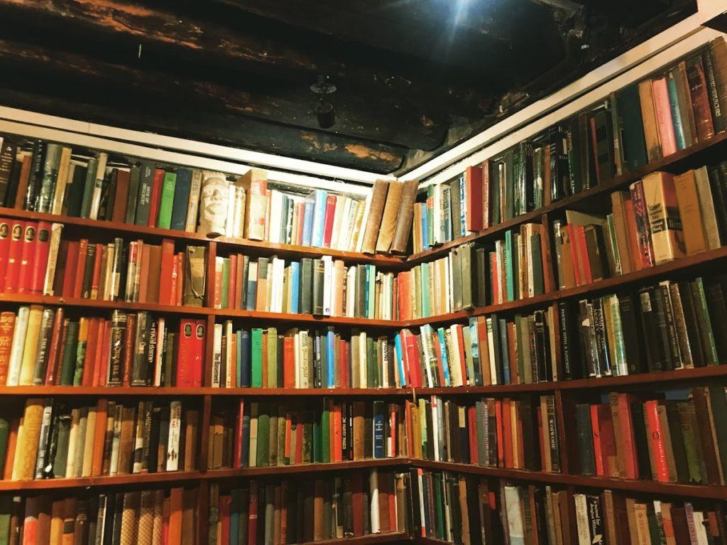 Shakespeare & Co Book shop in Paris