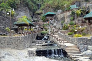 Puning Hot Spring and Restaurant