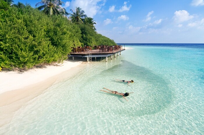 Embudu Village overwater resort