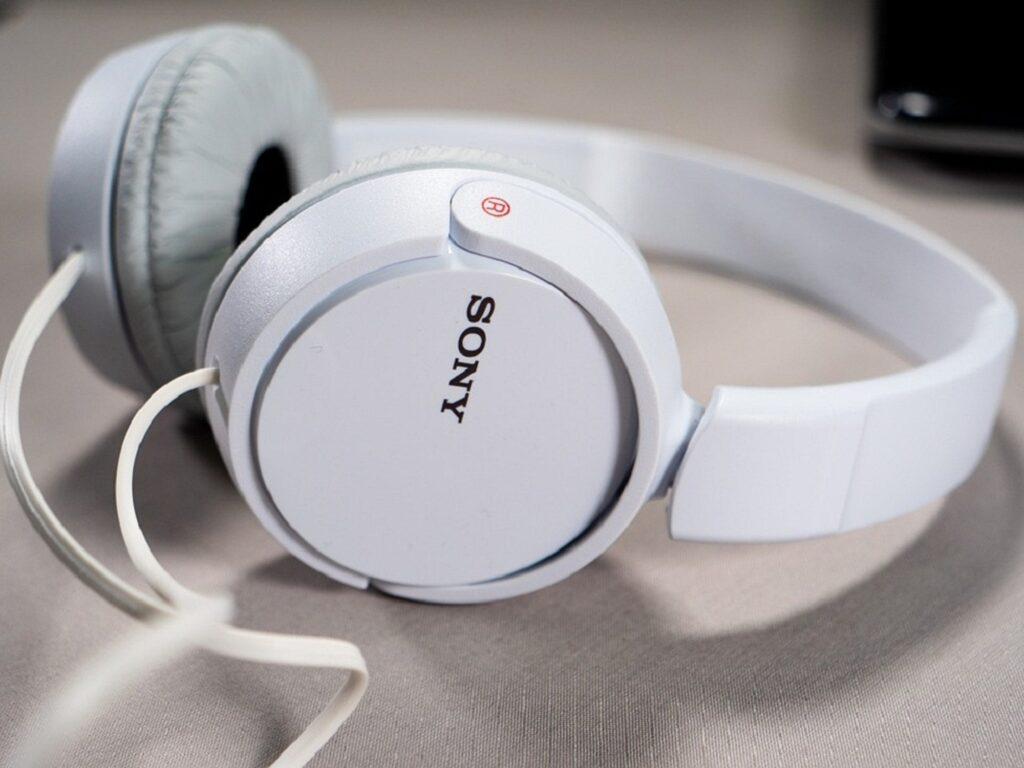 A set of quality Sony headphones