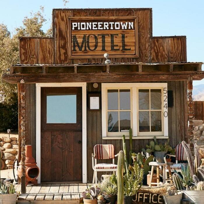 The Pioneer Motel
