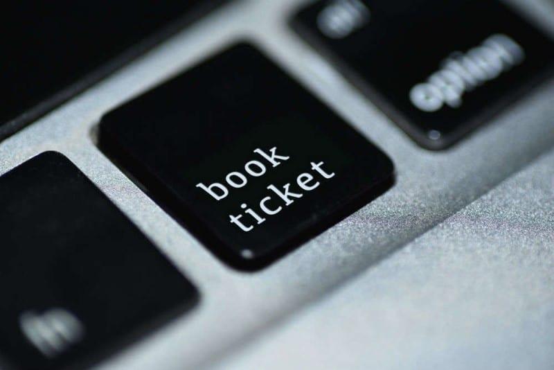 Book ticket button - Hacker Fares