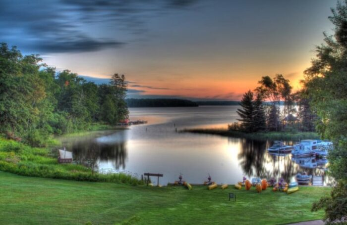 Lakewoods Resort