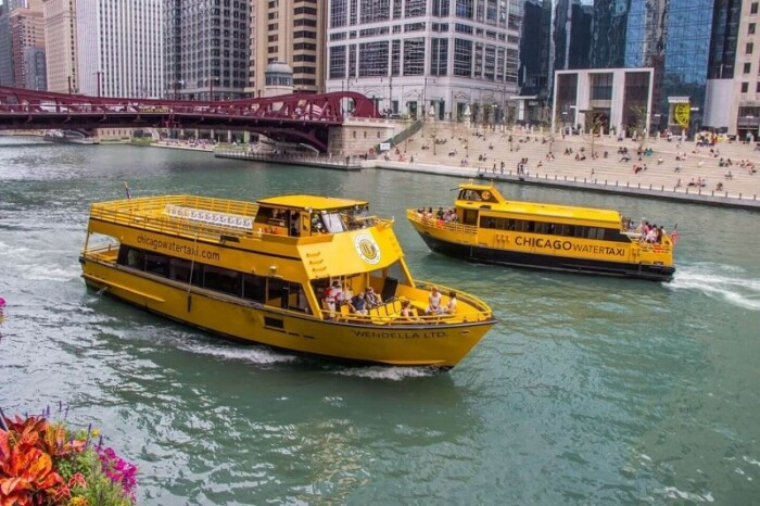 water taxi service Chicago