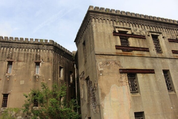 The notorious Old City Jail is one of the ghost walking tour options available in Charleston.