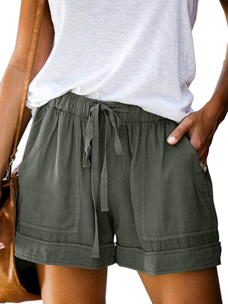 Green casual shorts