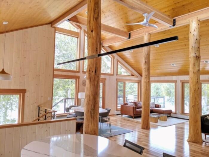 Scandinavian Lakehouse Cabin