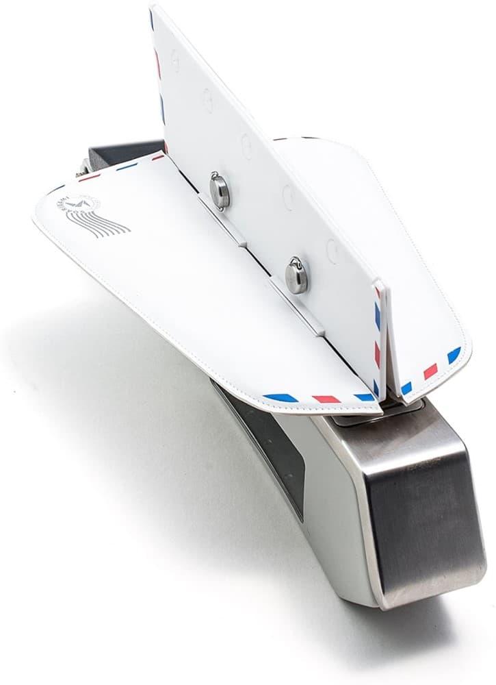 Soarigami Airplane Portable Armrest Divider