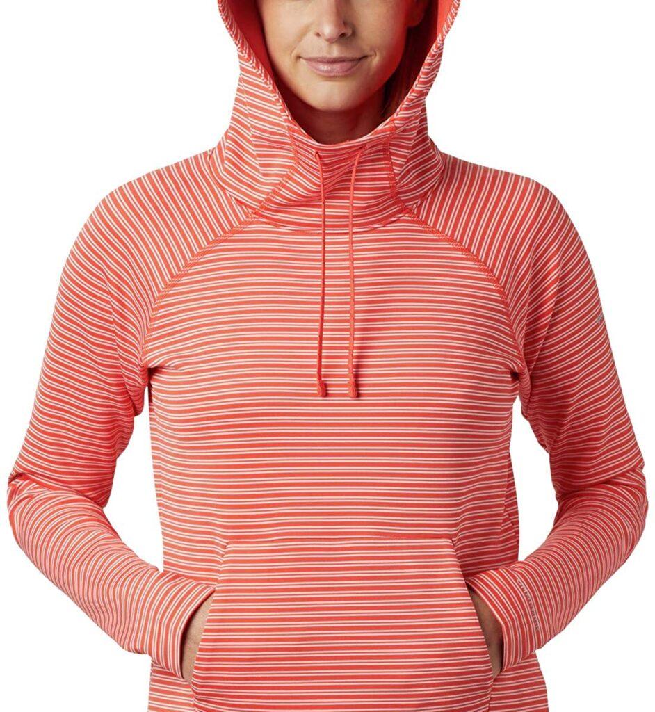 columbia bryce canyon hoodie model