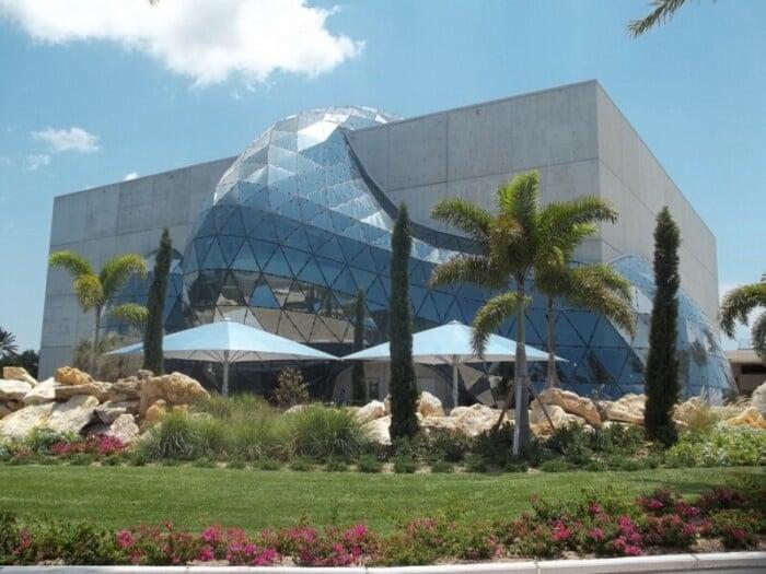 The Dali Museum in St. Petersburg exterior