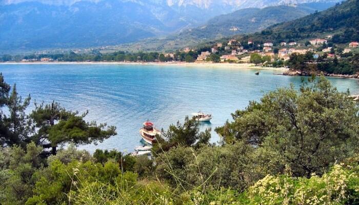 9 Best Quiet Greek Islands to Visit on Holiday