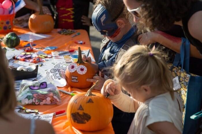 Harvest fest offers family things to do in Rochester, Minnesota in October.