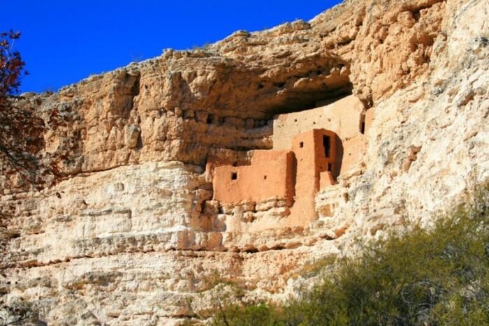 Pre-Columbian cliff dwelling outside of Sedona