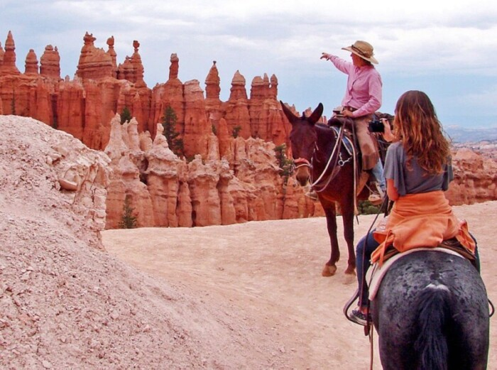 A trail ride into Bryce Canyon.