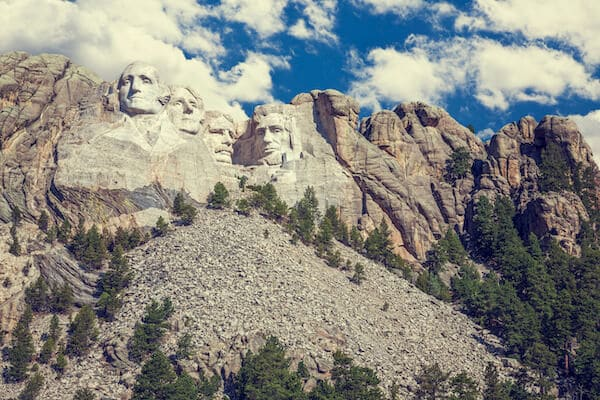 16 Best Things to do in South Dakota | Top Attractions