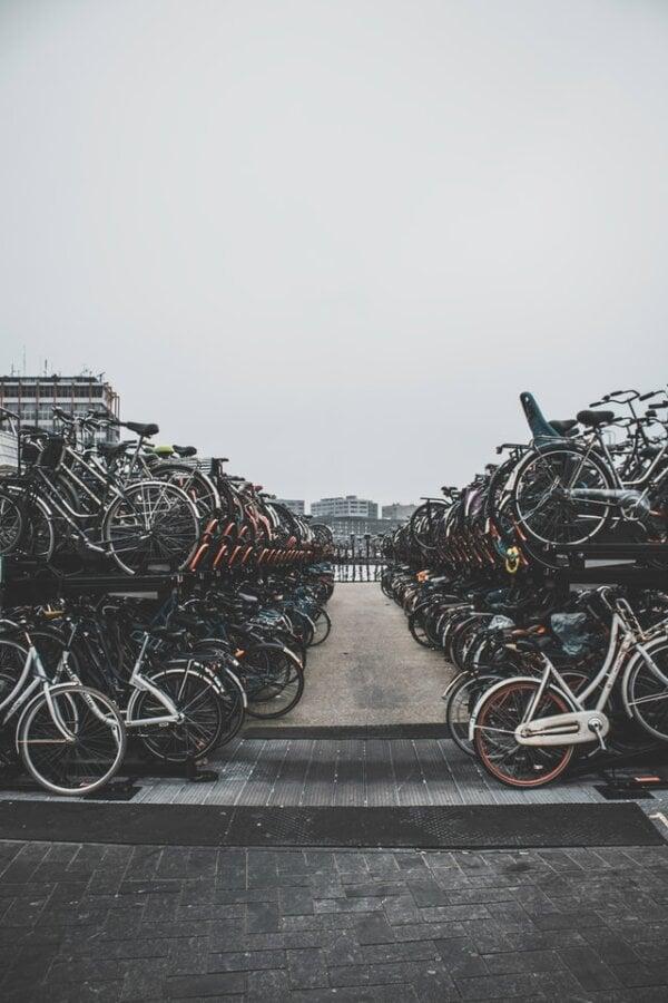 amsterdam bike lot