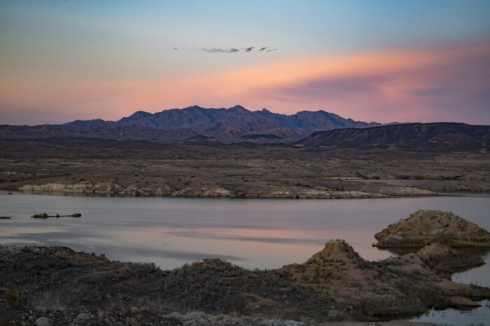 lake mead with sunset