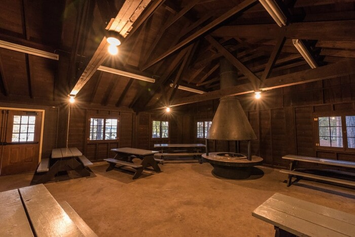 indoor warming house /picnic area