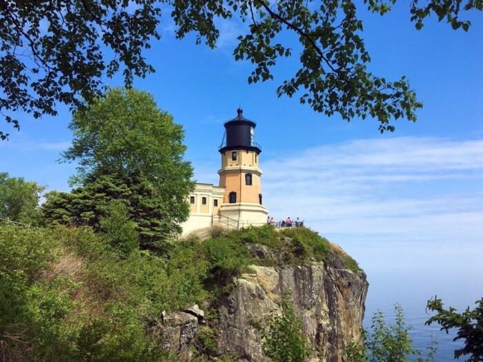 Split Rock Lighthouse on a bluff