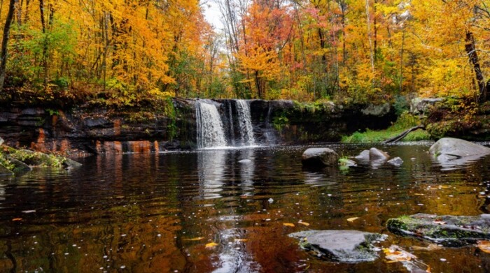 Wolf Creek Falls in autumn