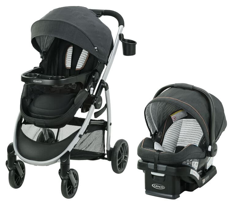 product view of the stroller set with gray accent. The padding inside has a striped accent.
