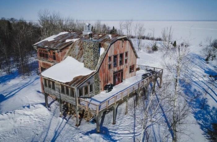 Lake Superior Barn
