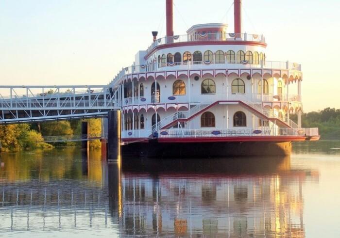 Mississippi River Cruise Flooding Casino Boat