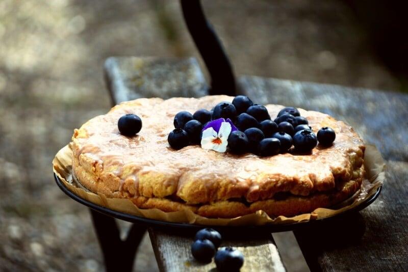 a beautiful blueberry pie