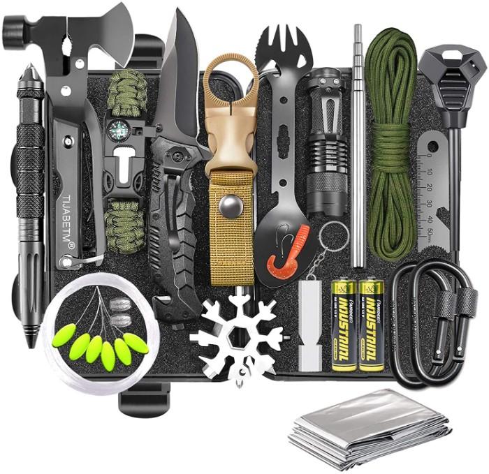 Handy Survival gear kit