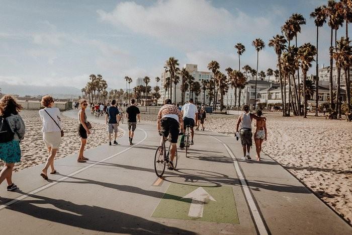Los Angeles Beech Bike Trail