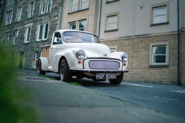 UK old white van